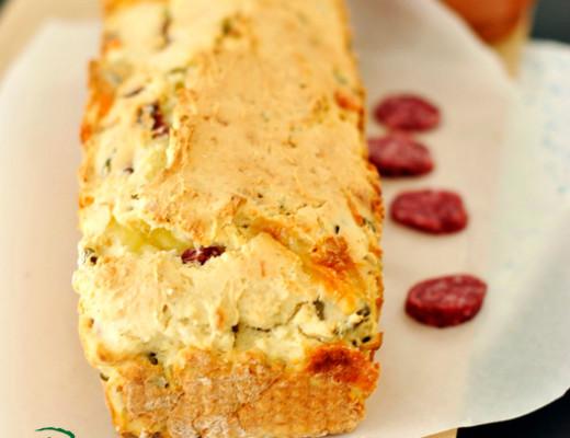pane senza glutine al salame formaggio e olive