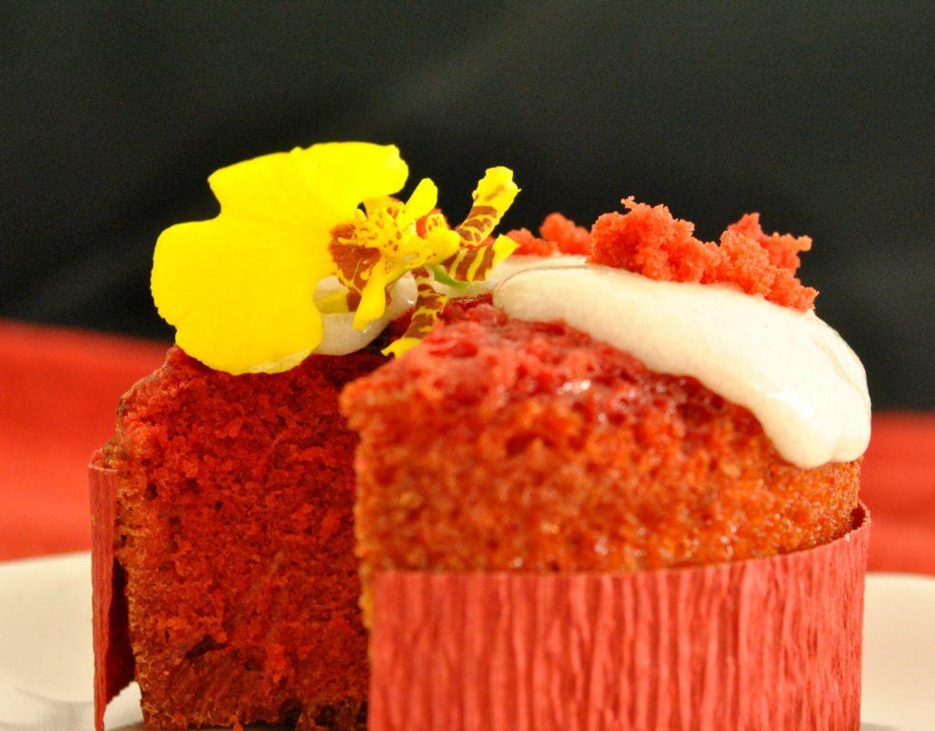 red-velvet-cupcakes-1-p